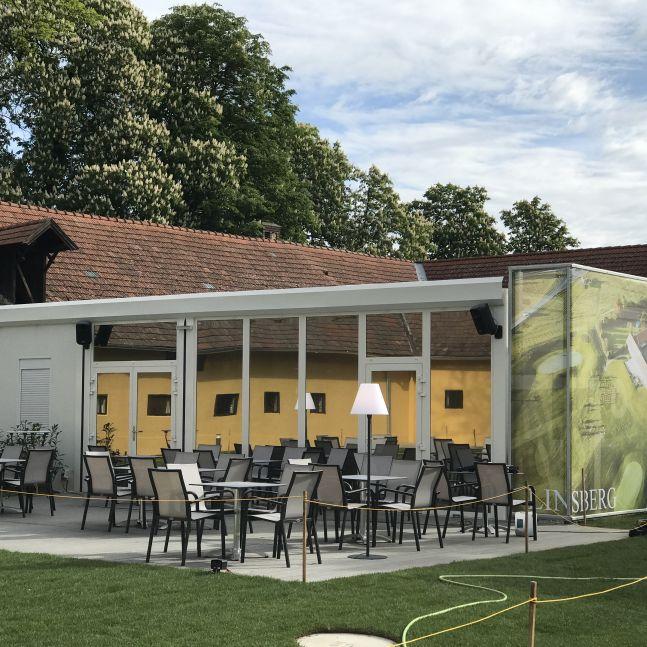 Algeco Clubgebäude Golfclub Aussen