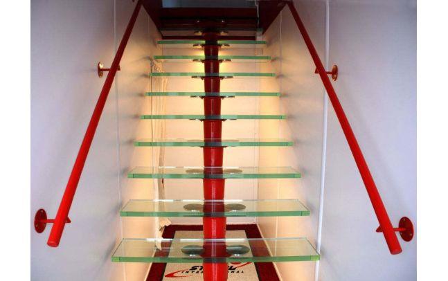 Algeco 360 Grad Service Glastreppe
